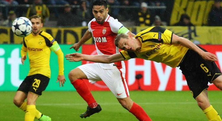 Dortmund Monaco Anstoß